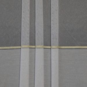 Firanka biała z wzorem pasowym 1